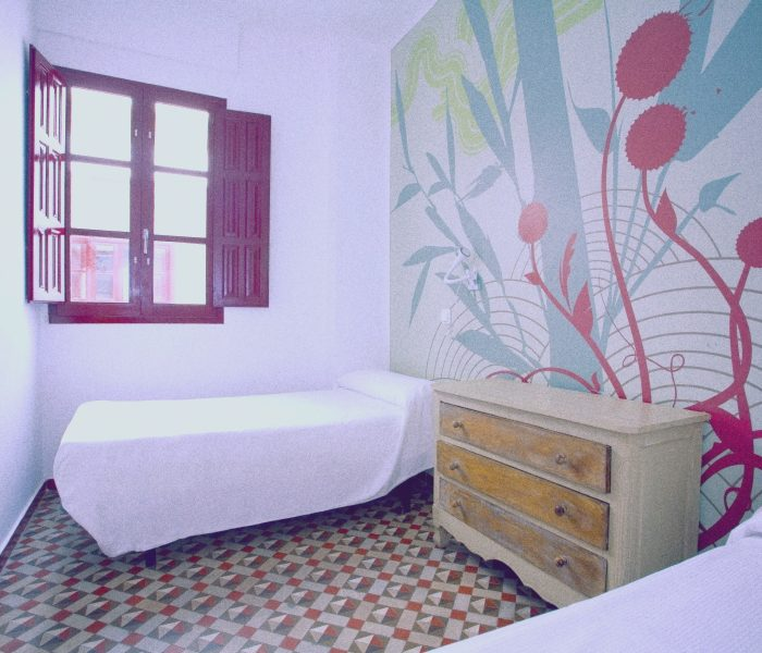 4 Beds Mix Dorm