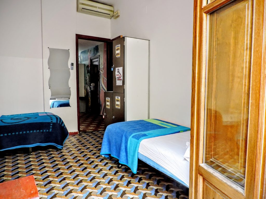 3 Beds Mix Dorms Hostel Valencia Accommodation At The