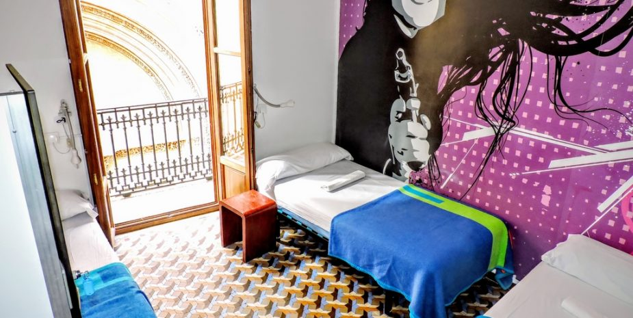 3 Bed Mix. Amazing Room
